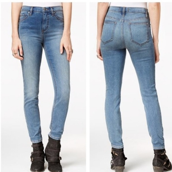 ec9d151fac54e Free People Denim - Free People Light Wash Stretch Skinny Jeans